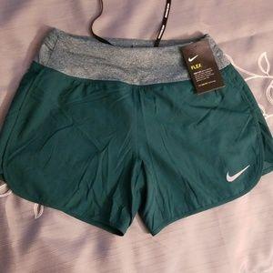 Nike dri-fit running shorts.NWT. xs